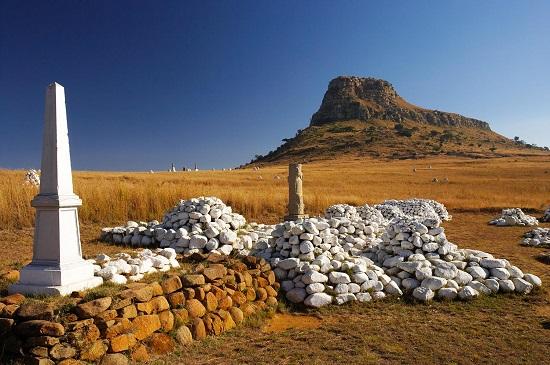 Graves and memorials at Isandlwana