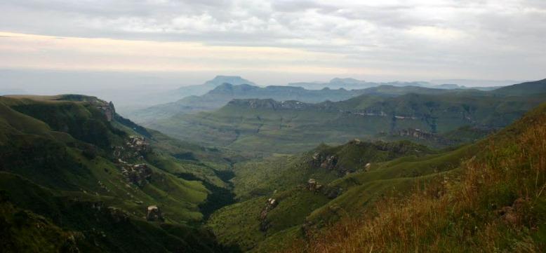 Witsieshoek Pass summit scenery